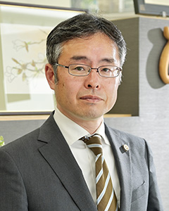 鈴木剛弁護士
